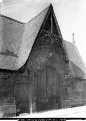 Cloître Saint-Saturnin dans l'hospice du faubourg de Vienne - Entrée
