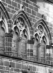 Maison du Grand Fauconnier - Fenêtres