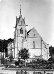 Eglise Notre-Dame de l'Assomption de la Chapelle-sur-Crécy - Façade ouest