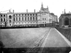 Domaine national de Saint-Germain-en-Laye, actuellement Musée des Antiquités Nationales - Façade nord-ouest restaurée