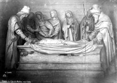 Eglise de la Madeleine - Groupe sculpté du saint Sépulcre : Mise au tombeau