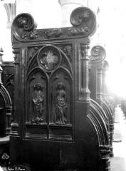 Eglise Saint-Pierre, ancienne cathédrale - Stalles du choeur