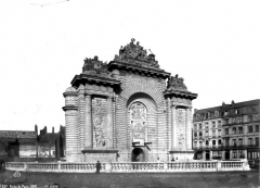 Porte de Paris -