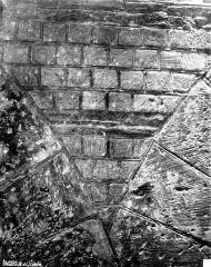 Ancien évêché ou Palais du Tau - Salle synodale, mur primitif