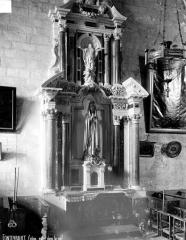 Eglise Saint-Michel - Autel de la nef