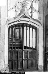 Eglise Saint-Ouen - Porte de la chapelle des fonts baptismaux
