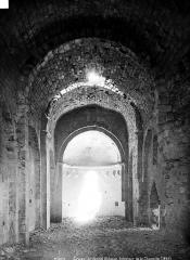Château (ruines) - Chapelle, intérieur