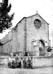 Eglise - Façade est, entrée
