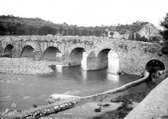 Pont romain franchissant l'Escoutay -