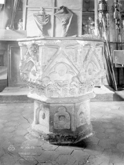 Eglise paroissiale Saint-Ouen - Bénitier