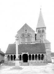Eglise Saint-Sauveur - Façade ouest