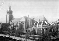 Eglise Saint-Germain-des-Prés - Nef, intérieur