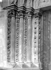 Sainte-Chapelle - Porte haute, piédroits gauches