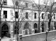 Ancien couvent des Bernardins - Ensemble sur la rue