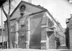 Ancien couvent des Bernardins - Pignons sur la cour