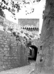 Porte de la ville -