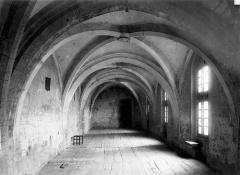 Eglise abbatiale Saint-Robert - Nef, orgues