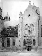 Eglise Saint-Michel - Transept et nef, au sud