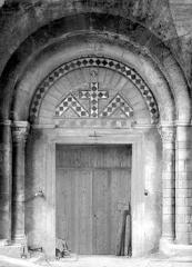 Eglise Saint-Pierre-le-Bas - Portail, musée