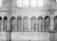 Eglise Saint-Maurice, anciennement cathédrale - Triforium de la nef
