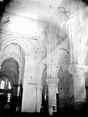 Eglise Saint-Aubin - Nef