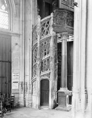 Eglise Saint-Maclou - Escalier des orgues