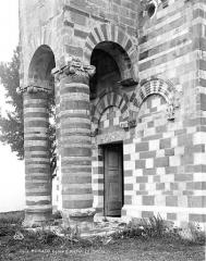 Eglise Saint-Michel - Porche ouest