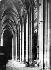 Eglise Saint-Ouen et Chambre des Clercs - Bas-côté côté sud