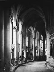 Eglise Saint-Rémi - Déambulatoire sud