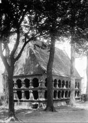 Eglise Notre-Dame de Croaz-Batz et enclos - Ossuaire