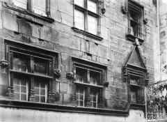 Ancien hôtel de ville - Façade ouest, détail