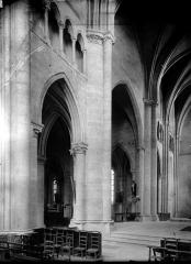 Ancienne abbaye Saint-Léger - Transept, intérieur