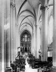 Eglise Saint-Cerneuf - Choeur, intérieur