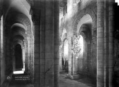 Eglise Saint-Gilles - Bas-côté de la nef