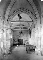 Ancienne église de Noël-Saint-Martin - Nef, vue du choeur