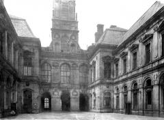 Hôtel de ville - Façade sur cour