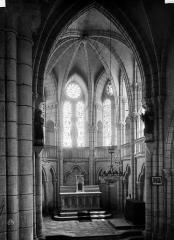 Eglise - Choeur, intérieur
