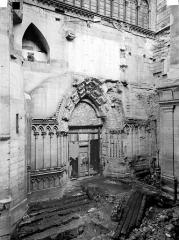 Basilique Saint-Denis - Transept sud, partie inférieure