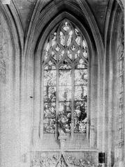 Eglise Notre-Dame de Lorette - Vitrail du mâitre-autel