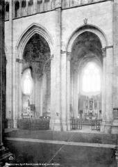 Eglise Saint-Maurice, anciennement cathédrale - Travées de la nef