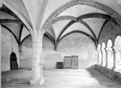 Abbaye de Charlieu - Salle capitulaire