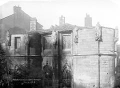Ancien Palais des Comtes de Poitiers - Tour Maubergeon, statues
