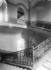 Hôtel des Invalides - Escalier
