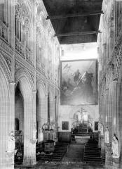 Eglise Saint-Ouen - Nef, prise de l'entrée