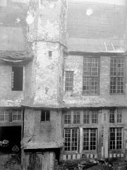 Hôtel de Mauroy - Bâtiment est, cour