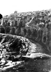 Amphithéatre ou Arènes - Vue intérieure (partie droite du panorama)