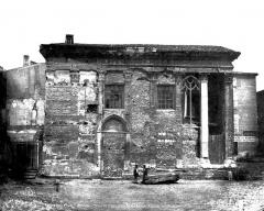 Temple d'Auguste et de Livie - Façade latérale