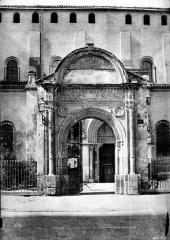 Eglise Saint-Sernin - Porte Bachelier