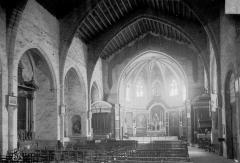 Ancienne cathédrale de la Nativité-de-Notre-Dame - Vue intérieure de la nef vers le choeur