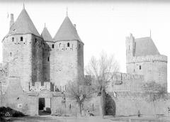 Cité de Carcassonnne - Tour du Trésau et tours de la porte Narbonnaise